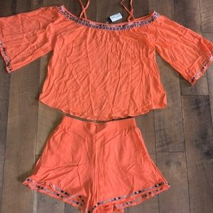 Medium Miss Me shorts outfit NEW bell sleeve